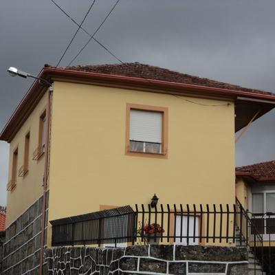 Acondicionamiento de fachadas y cierre metálico