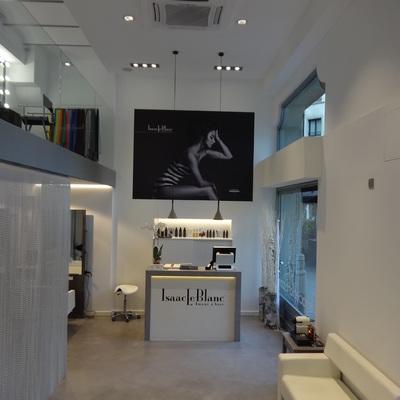 Salón de Belleza de IsaacLeBlanc