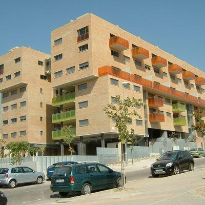 Construcción edificio de viviendas