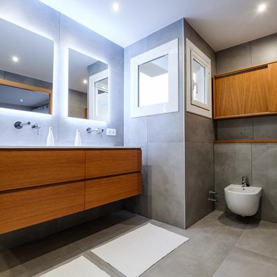 Baño completo en Fontpineda (Barcelona)