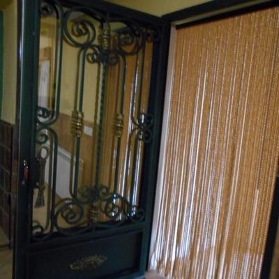 puerta a la casa