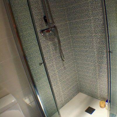 ducha con mampara
