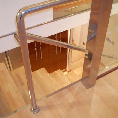 Escaleras en Loft Las Matas.  (2004)