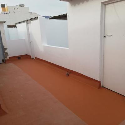 Pintura y reparación muros de azotea e impermeabilización de piso