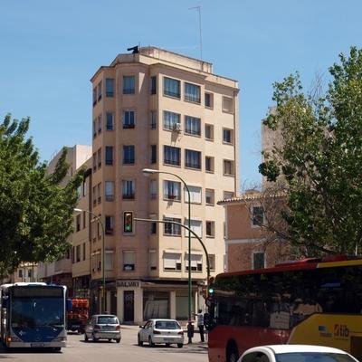 EDIFICIO, CALLE PURSIANA (PALMA)