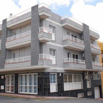Edificio Niebla con 6 Viviendas y Local Comercial para DPP