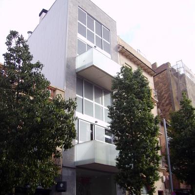 Edificio Plurifamiliar de Viviendas entre medianeras