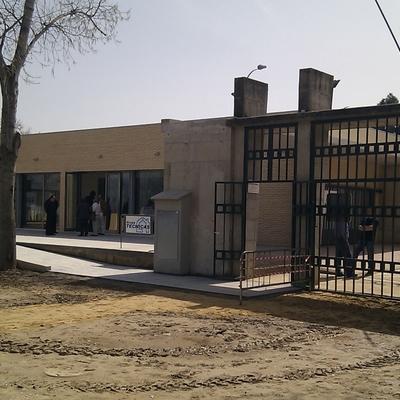 """Edificio social y polivalente del polideportivo """"Joan Fuster"""""""