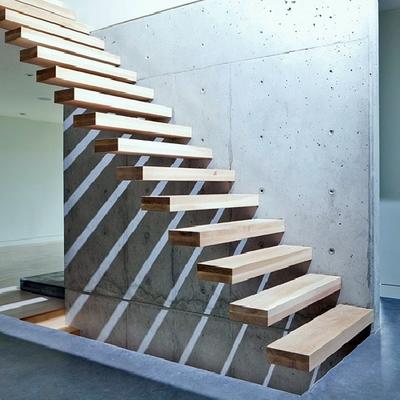 Ejemplo Escalera - Muro hormigón