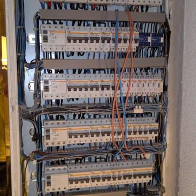 ELECTRICIDAD COMPLEJA