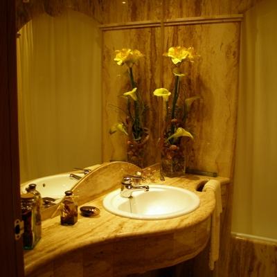 Encimera baño mármol travertino Nacional madera