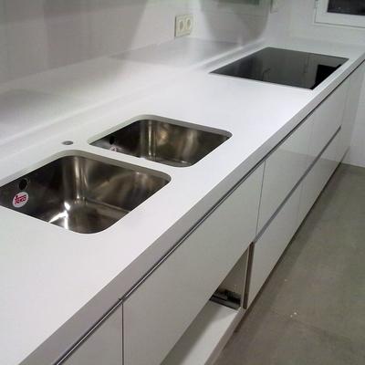 Precio suministrar piezas m rmol habitissimo for Encimera de marmol precio