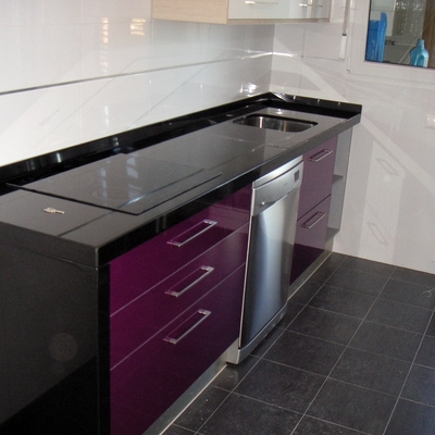 Precio colocar o cambiar encimeras de granito habitissimo for Cotizacion cocina