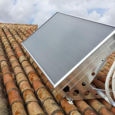 Equipo de energía solar térmica compacto de 200l.