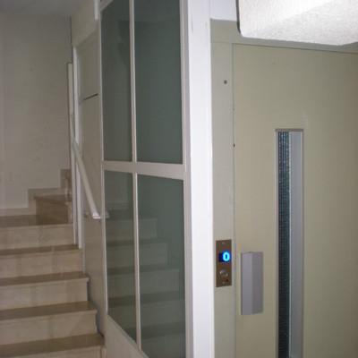 Ascensor Derribo escalera