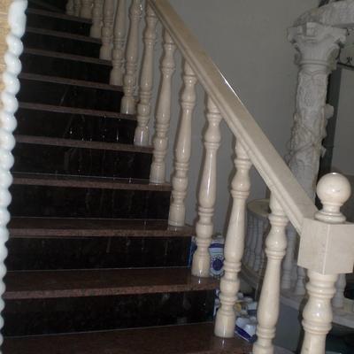 escalera de granito de importación