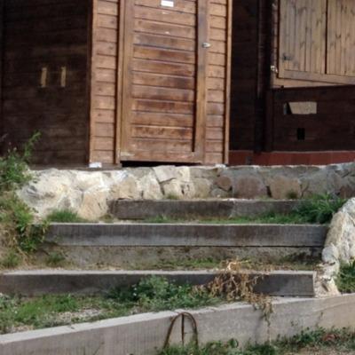 escalera madera y wc