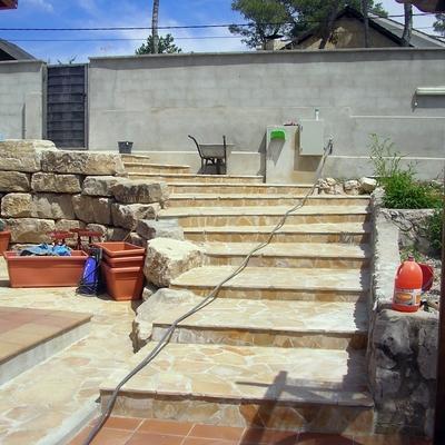 escalera piedra de alcover