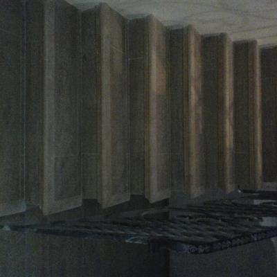 escaleras con marperlanes en madera de aya