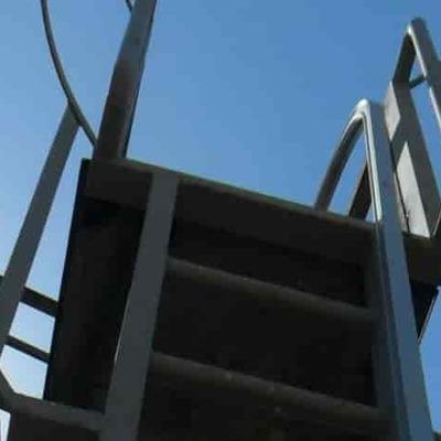 Normativa escaleras industriales