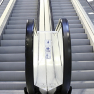Escaleras Mecánicas y Pasillos móviles