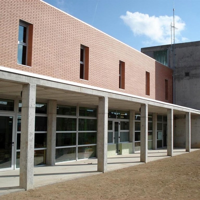 Escuela Antoni Tous. Pira (Tarragona)