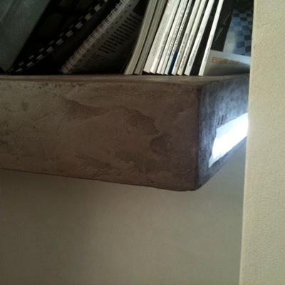 Estanteria en cemento Pulido Retroiluminada