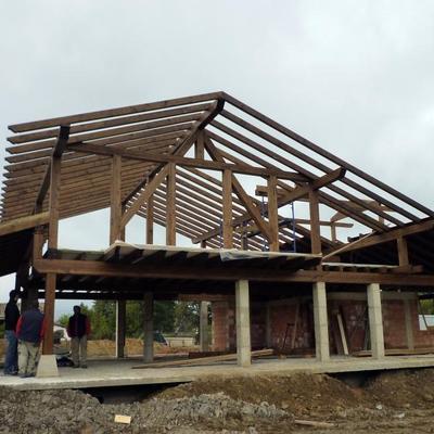 Estructura de madera, entramado, forjado y cubierta.