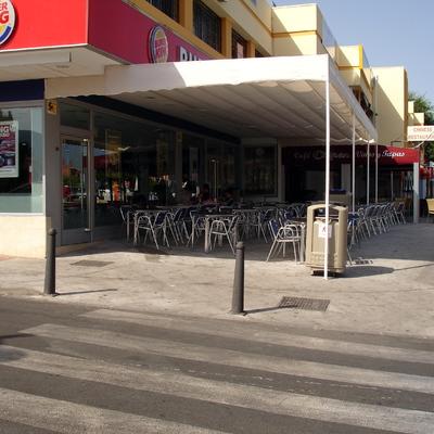 Estructura toldos Burger King