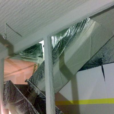 Estructura y falso techo con malla y mortero de perlita