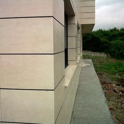 fachada con azulejo porcelanico de 1 cm.obra nueva