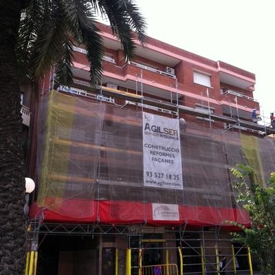 Fachada en plaza Alcalde xifre  Badalona