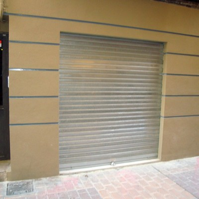 fachada y persiana