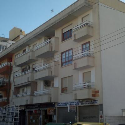 Pintura de toda la fachada en zona Rafal Vell. Antes