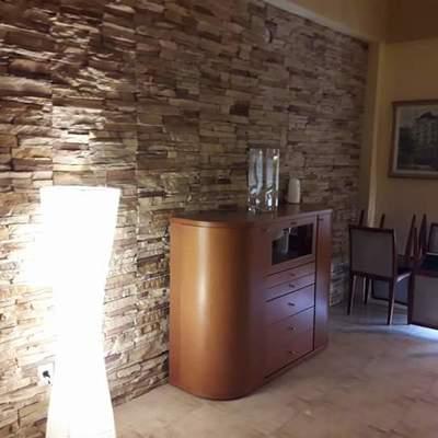 Forro de pared con plaqueta de piedra