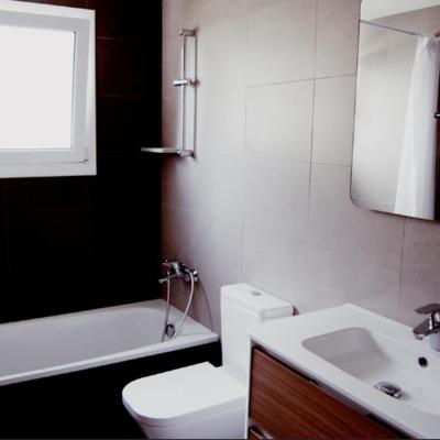 Baño casa miro