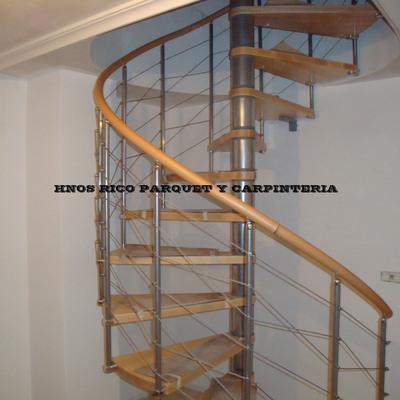 Escalera caracol 148cm montaje HNOS RICO