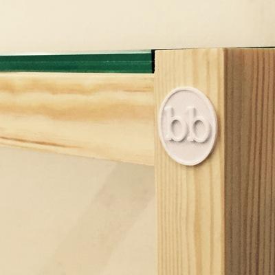 Maia Bookcase 03