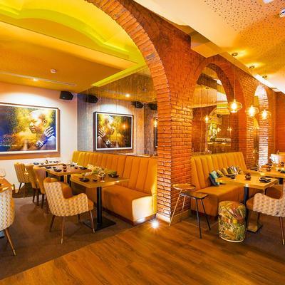Vista de salón de restaurante