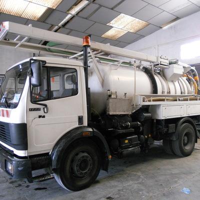 Camión cuba 1 - Camión cisterna de Cubacas