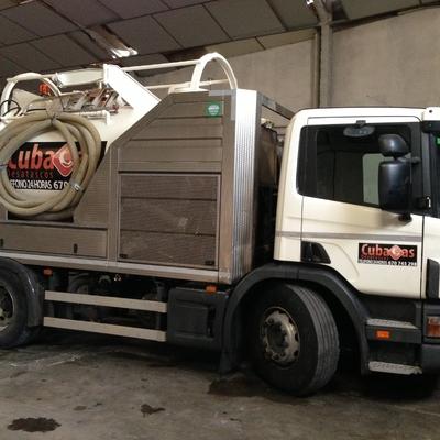 Camión cuba 3 - Camión cisterna de Cubacas