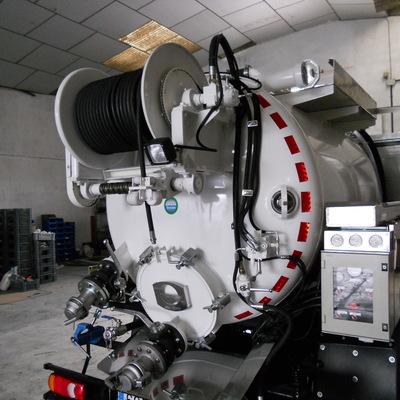 Camión cuba 4 - Camión cisterna de Cubacas
