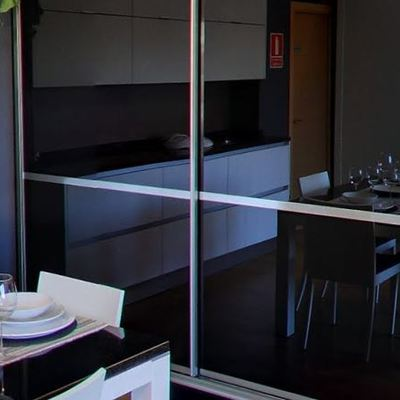 Armario minimalísta lato brillo negro cristal
