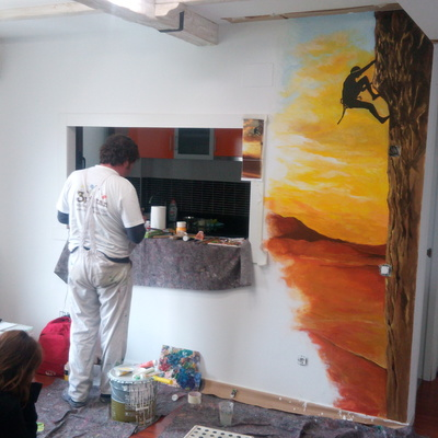 Mural decorativo con tema de escalada. Proceso