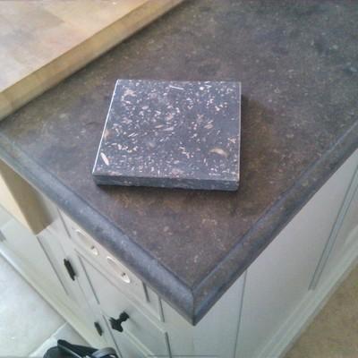 Granito Pierre Blue vs. Pedra de Centelles