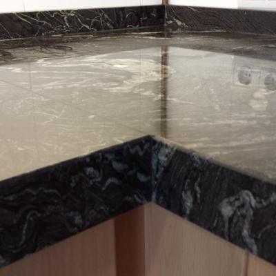 Encimera de cocina en granito Naturamia Titanium