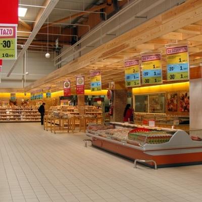 Habilitación de hipermercado en Centro Comercial en Zaragoza