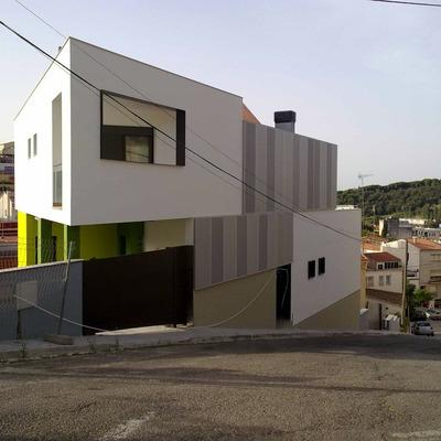 habitatge Sapro. Façana carrer
