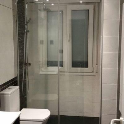 Reforma de baño en vivienda