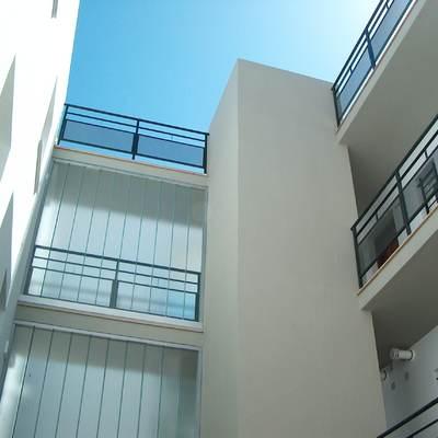Edificio de 30 viviendas y semisótano garaje